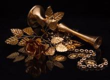 Prodotti metallici dorati Fotografia Stock Libera da Diritti
