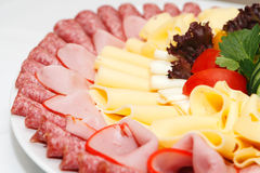 Prodotti organizzati di chees e della carne Immagini Stock