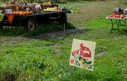 Prodotti rurali dell'azienda agricola da vendere Fotografie Stock