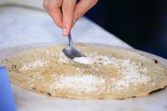 Prodotti tipici del tigelle di Borlengo con farina ed acqua Italia immagine stock libera da diritti