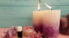 Prodotto lilla cosmetico crema della candela video d archivio