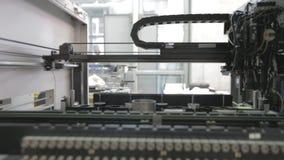 Produção automatizada da placa de circuito eletrônico vídeos de arquivo