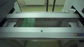 Produção da placa de circuito eletrônico vídeos de arquivo