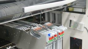 Produção da placa de circuito eletrônico filme