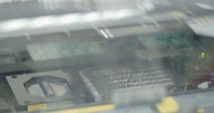 Produção da placa de circuito eletrônico video estoque