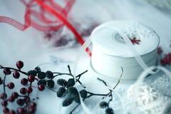 Produção de cartões de Natal que scrapbooking Imagem de Stock Royalty Free