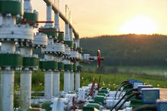 Produção de petróleo e gás imagem de stock royalty free