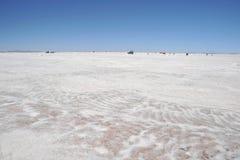 Produção de sal nos planos de sal de Uyuni Fotografia de Stock Royalty Free