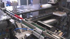 Produção do comprimido da tabuleta produção de tabuletas na fábrica video estoque