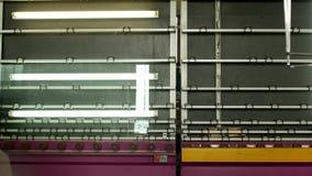 Produção e fabricação das janelas dobro-vitrificadas e das janelas do PVC, um departamento da produção com uma linha para lavar vídeos de arquivo