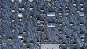 Produção energética, bateria solar a favor do meio ambiente no telhado do ar livre da casa, avaliação aérea filme
