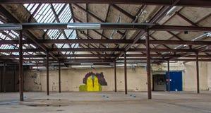 Produção Salão com grafittis Foto de Stock Royalty Free