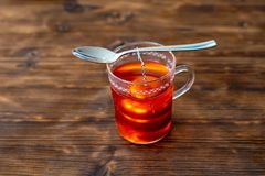 Produca un tè della frutta fotografia stock libera da diritti