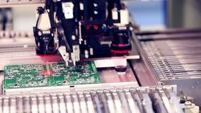 Producción automatizada de la placa de circuito almacen de metraje de vídeo