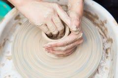 Producción de cerámica Imágenes de archivo libres de regalías