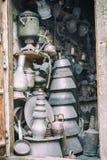 Producción de cobre y utensilios en Lahiche - el centro de la producción de la artesanía foto de archivo