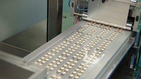 Producción de la medicina. Píldoras. metrajes