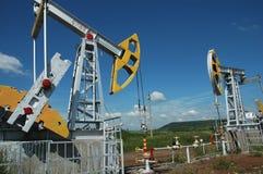 Producción de Russia.Oil en el campo petrolífero Foto de archivo libre de regalías