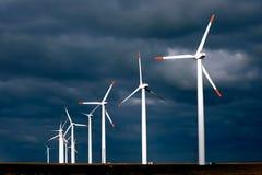 Producción energética alternativa y naturaleza-cómoda Imagen de archivo