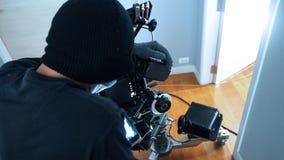 Producción video del tiroteo del fotógrafo con el sistema de la cámara fotografía de archivo libre de regalías