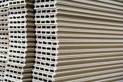 Producción y carpintería de Warehouse El componer tipo medio del panel de fibras de madera de la densidad Foco selectivo foto de archivo libre de regalías