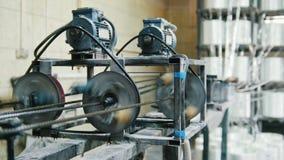 Produciendo las varillas de fibra de vidrio - fabricación de refuerzo compuesto, industria para la construcción metrajes