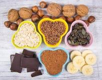 Producten die magnesium bevatten Gezond voedsel Stock Fotografie
