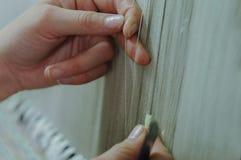 Productie en het weven van tapijten en stoffen Stock Afbeelding