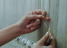 Productie en het weven van tapijten en stoffen Royalty-vrije Stock Afbeeldingen