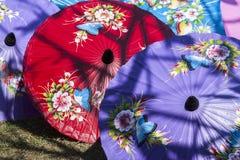 Productie van document paraplu's/Document paraplu's Royalty-vrije Stock Fotografie
