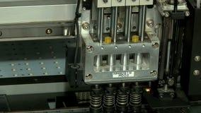Productie van geleide lampen stock video