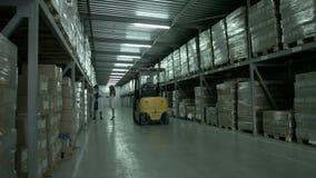 Productiepakhuis in een bedrijf stock footage