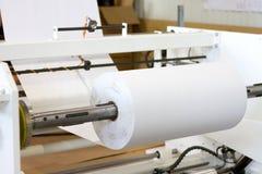 Production automatisée des produits de papier Processus automatique images libres de droits