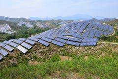 Production d'électricité photovoltaïque solaire photographie stock