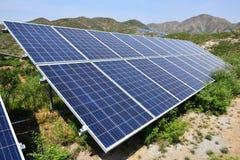 Production d'électricité photovoltaïque solaire image libre de droits