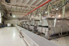 Production de batterie de bande de conveyeur Photos stock