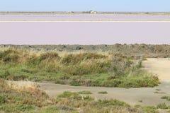 Production de sel près de DES Crottes, Camargue de MAS dans les Frances Image libre de droits