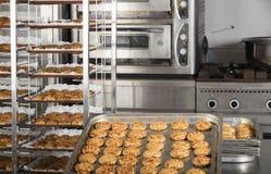 Production des gâteaux savoureux Photographie stock libre de droits