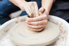 Production en céramique images stock