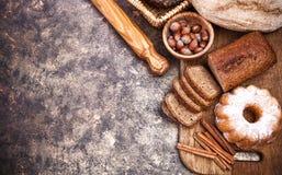 Producto de la panadería de la vida todavía del pan fresco Fotos de archivo