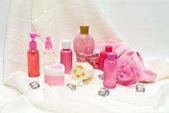 Productos de belleza rosados Imágenes de archivo libres de regalías