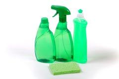 Productos de limpieza respetuosos del medio ambiente verdes foto de archivo libre de regalías