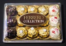 Productos del chocolate de la colección de Ferrero Fotos de archivo