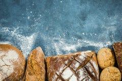 Productos del pan y de la panadería del artesano fotografía de archivo