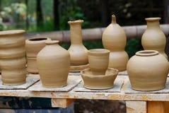 Productos inacabados de la cerámica. Fotografía de archivo libre de regalías