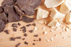 Productos naturales del cacao Ingredientes del chocolate: sólidos del cacao y primer del aceite del cacao Fotos de archivo libres de regalías