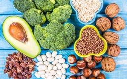 Productos naturales ricos en piridoxina de la vitamina B6 Concepto sano del alimento fotografía de archivo