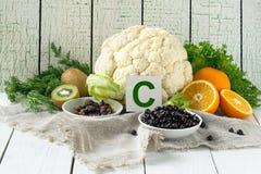 Productos que contienen vitamina C fotos de archivo