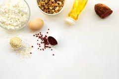 Productos que se pueden comer con una dieta quetogénica , carburador bajo, alta buena grasa Dieta del keto del concepto para la p fotos de archivo libres de regalías