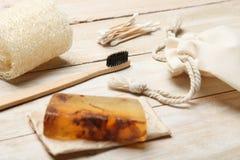 Productos respetuosos del medio ambiente y naturales para la higiene y el cuidado personal foto de archivo libre de regalías